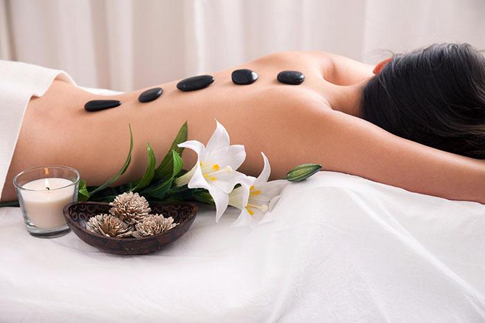 Hot stone masaža