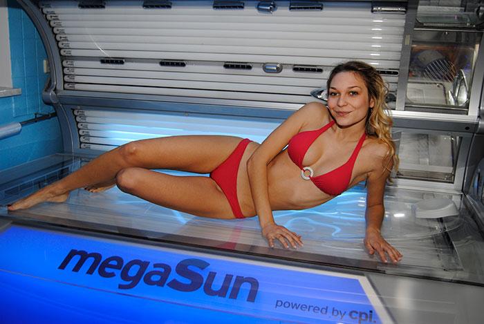 MegaSun 7900 – ležeći solarij